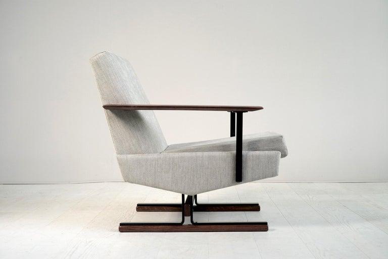 Mid-Century Modern Pair of Sleigh Armchairs, Gelderland, 1960 For Sale