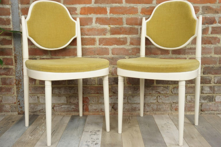 Rare pair of Thonet chairs design by Hanno Von Gustedt between the 1960s and 1970s.  The Famous House, of international fame, was founded in 1819 by Mickael Thonet. In 1859 he industrialized for the first time the manufacture of furniture by
