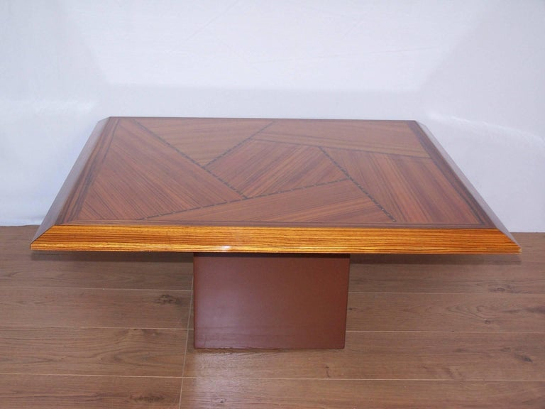 Wooden Marquetry Italian Design Coffee Table  In Good Condition For Sale In Halluin, FR