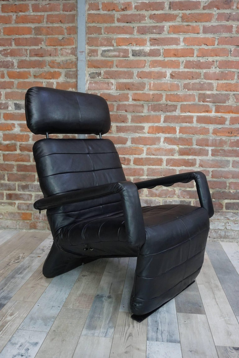 Leather relax armchair 39 chaise longue 39 at 1stdibs for Chaises longues tressees