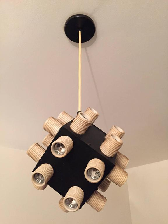 Robert Sonneman Twenty-four-bulb Cube Chandelier In Good Condition For Sale In Lake Success, NY