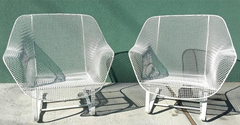 Remarkable Pair Of Russell Woodard Sculptura Lounge Chairs Squirreltailoven Fun Painted Chair Ideas Images Squirreltailovenorg