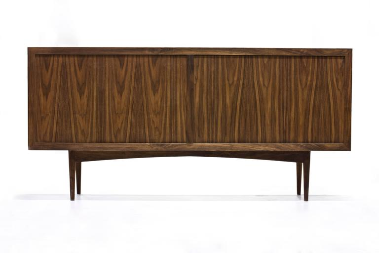 American Sine Wave Console in Oiled Walnut and Mica by Michael Dreeben for Wooda For Sale