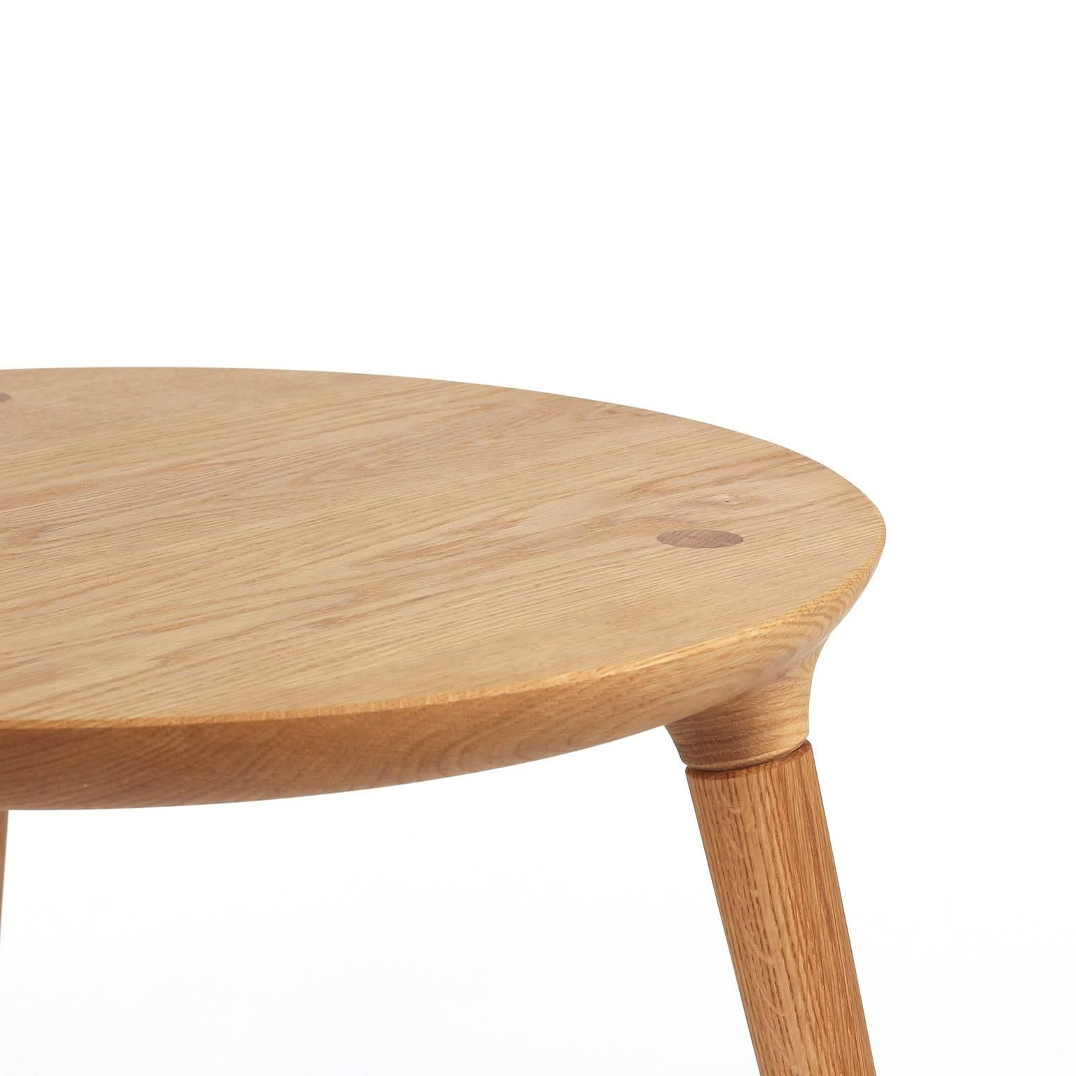 Coventry Side Table With Windsor Joinery In Oak By Studio Dunn For Sale At  1stdibs