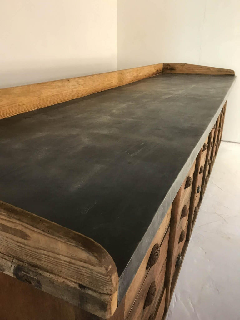 20th Century Vintage Industrial Pine Baker's Table Kitchen Island Zinc Top For Sale 5