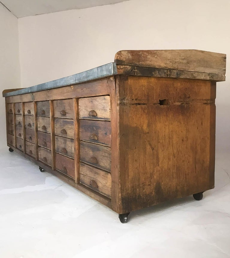20th Century Vintage Industrial Pine Baker's Table Kitchen Island Zinc Top For Sale 6
