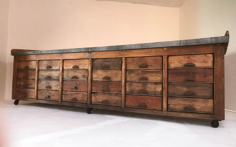 20th Century Vintage Industrial Pine Baker's Table Kitchen Island Zinc Top For Sale 10