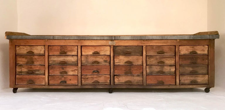 20th Century Vintage Industrial Pine Baker's Table Kitchen Island Zinc Top For Sale 14