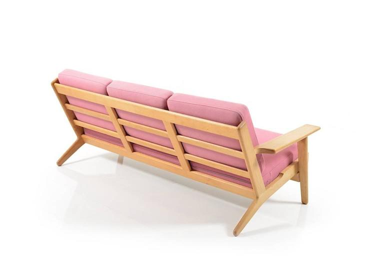 Ge-290/3 Sofa in Oak by Hans J.Wegner 2