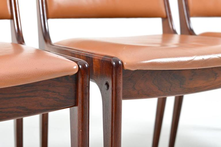 Danish Set of 8 Dining Chairs in Rosewood by Johannes Andersen for Uldum Møbelfabrik For Sale