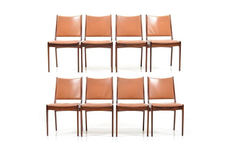 Mid-20th Century Set of 8 Dining Chairs in Rosewood by Johannes Andersen for Uldum Møbelfabrik For Sale