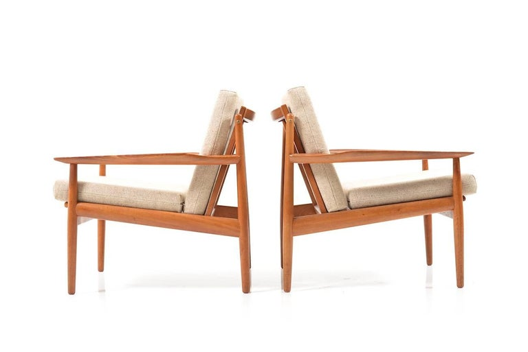 Early Pair of Danish Easy Chairs by Arne Vodder, 1950s For Sale 4