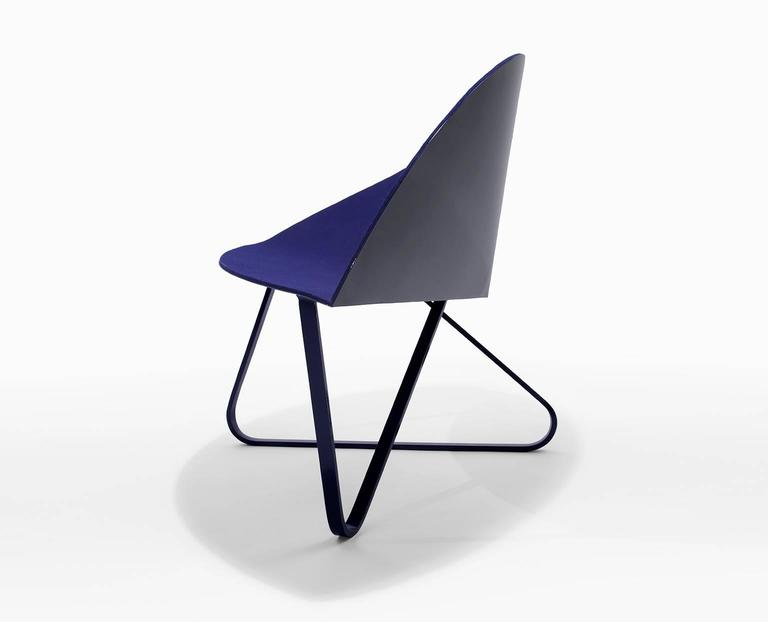 Modern 'Curved Chair' Felt Padded and Coated Steel in Customizable Color For Sale