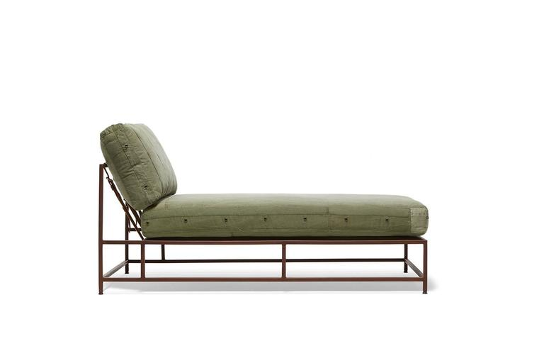 Vintage Military Canvas and Marbled Rust Chaise Longue 3