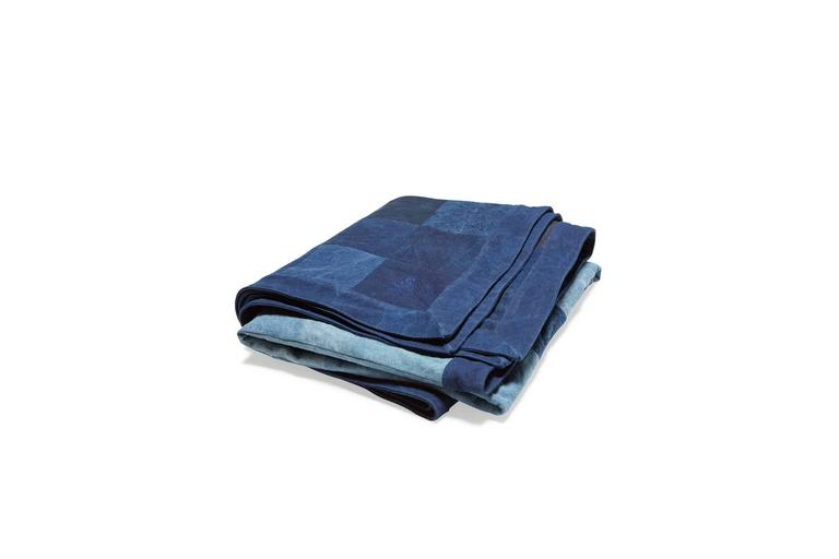 American Quilted Indigo Canvas Throw Blanket V1 For Sale