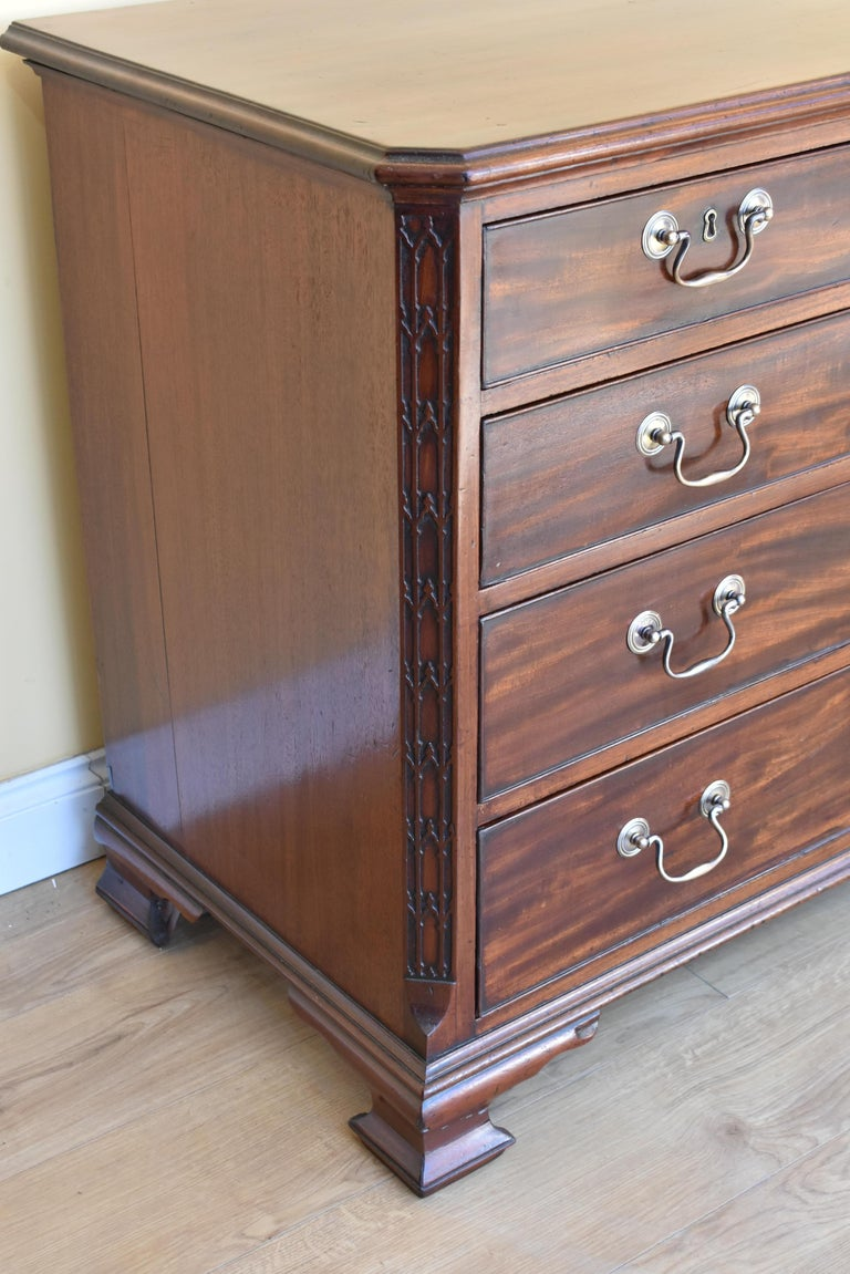 18th George III Century Chippendale Period Mahogany Chest of Drawers In Excellent Condition For Sale In Chelmsford, Essex