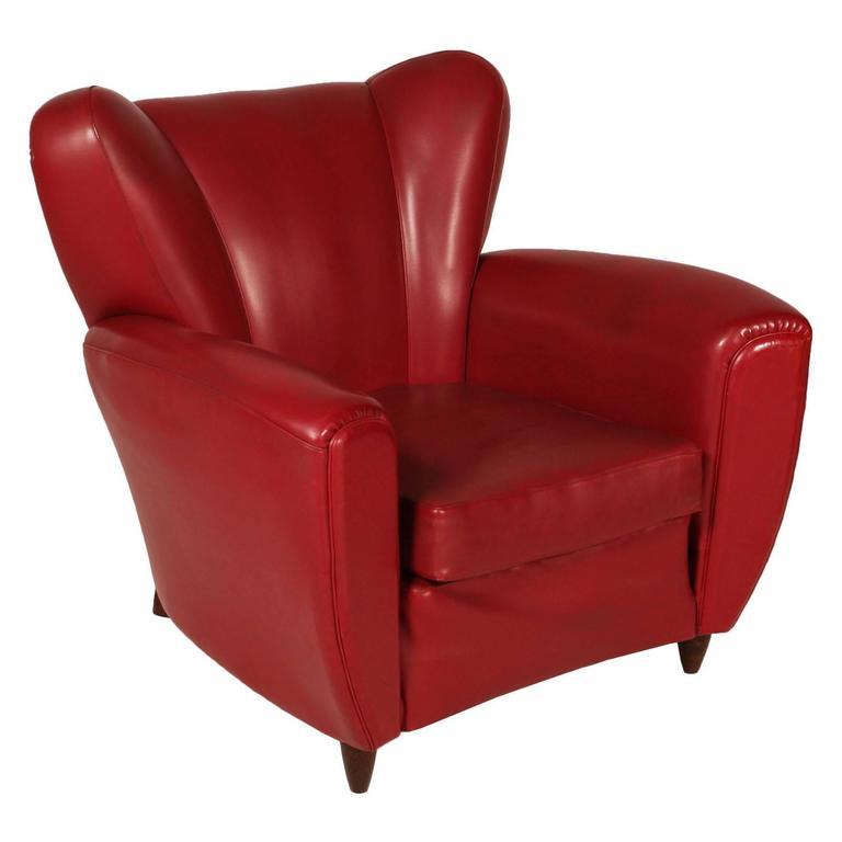 Italian Mid-Century armchair club chair Art Deco design Guglielmo Ulrich. Design that recalls the famous chair Frau.