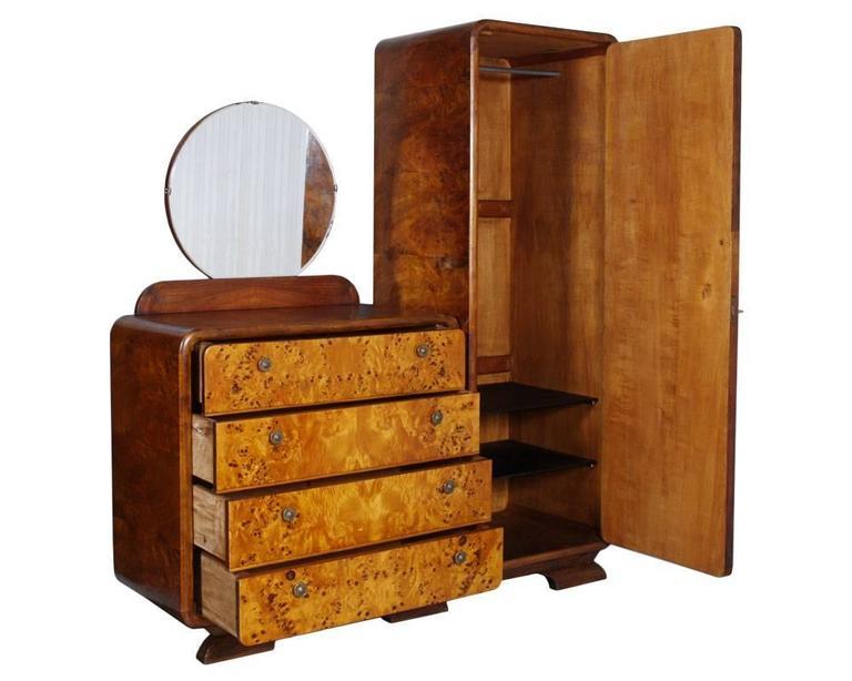 Italian Art Decò Bedroom Set by Osvaldo Borsani Birch and Walnut Burl Period, 1930s For Sale