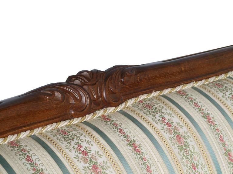 Italian 19th Century Venetian Baroque Sofa, Settee, good Upholstery, Hand-Carved walnut For Sale