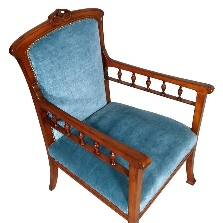 Hand-Carved Italian 1910s Art Nouveau Armchair Hand Carved walnut , Eugenio Quarti manner For Sale
