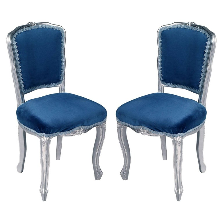 Luois XV  Venetian Side Chairs in silvered Hand-Carved Walnut, new upholstered For Sale
