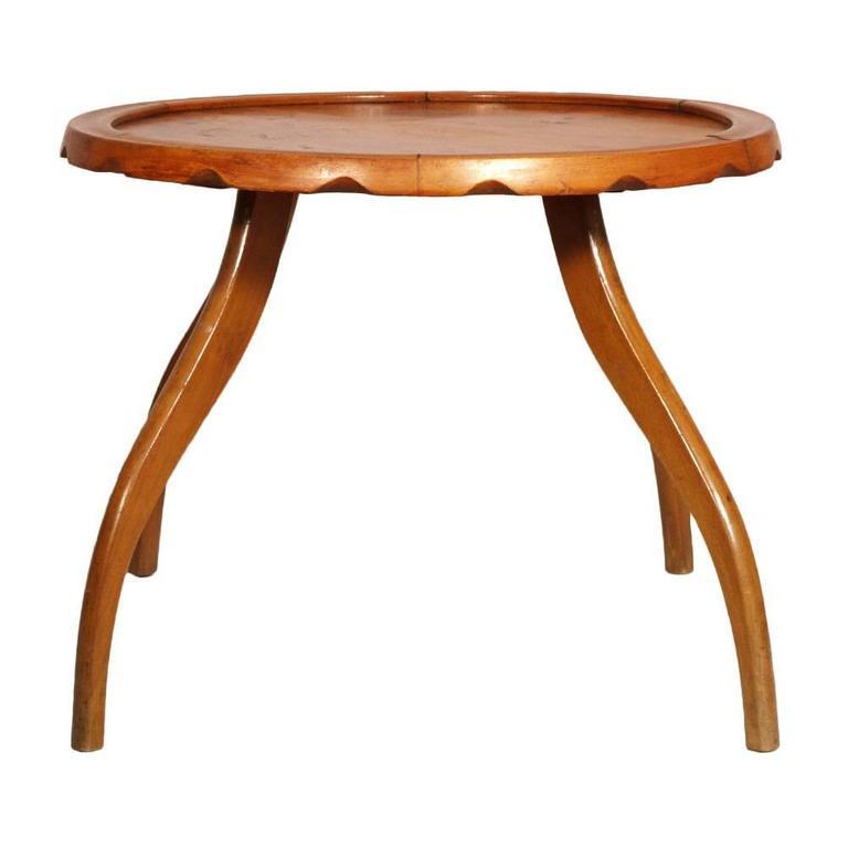 Code: FI48 1930s Art Deco Italian design Mid-Century modern coffee table by Osvaldo Borsani, top in burl walnut and legs in blond walnut.  Measure cm: H 47 Diametro of top cm 62 Diametro legs cm 80