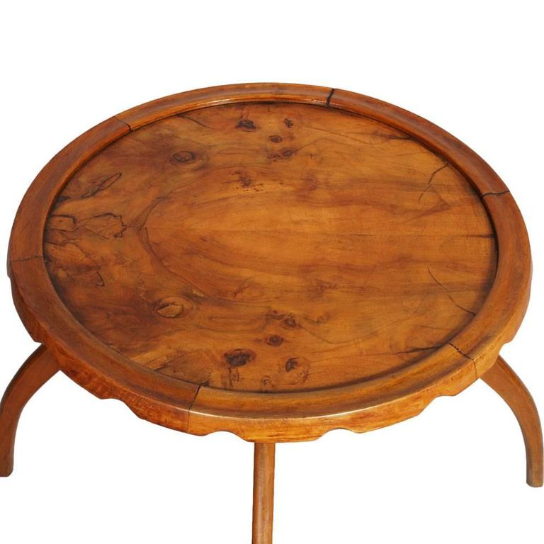 Italian Mid-Century 1930s Art Deco Coffee Side Table by Osvaldo Borsani Blond Walnut For Sale