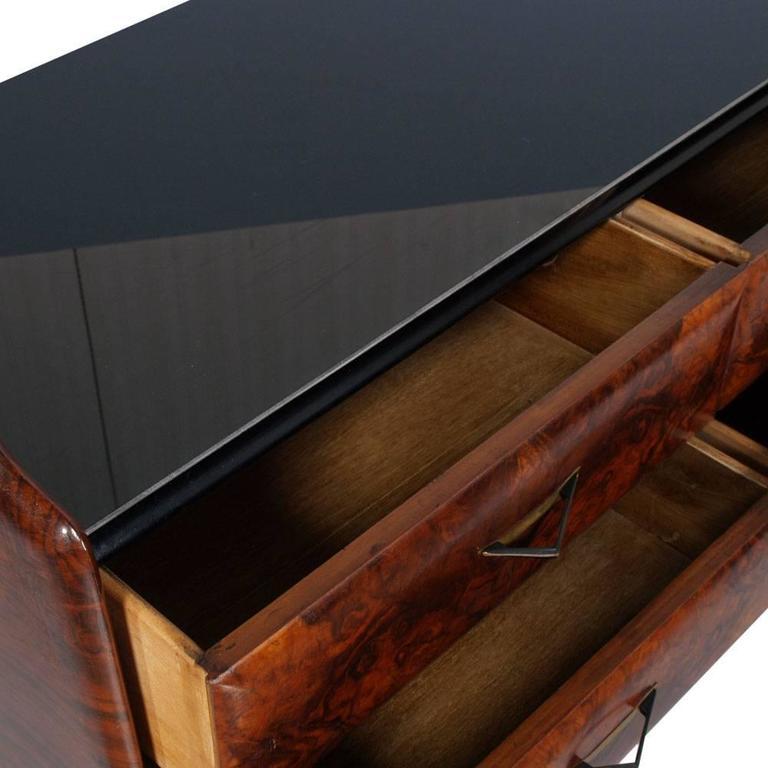 Mid-Century Modern Dresser Mirrored Sideboard , Style Osvaldo Borsani, in Burl In Good Condition For Sale In Vigonza, Padua