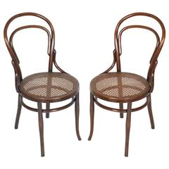 early 20th century matched pair of classic bentwood thonet chairs