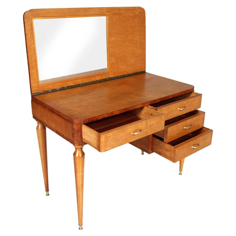 Guglielmo Ulrich manner desk and dressing table; Desk in walnut, elm and elm burl. Feet in golden brass A wonderful and very useful desk representative of Mid-Century Italian design  Measures cm: H 78, W 100, D 57.  (Height for chair 60 cm).