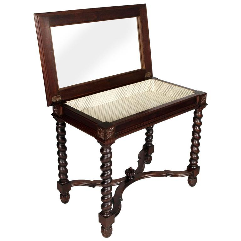 Renaissance Revival Late 19th Century Renaissance Vanity, Desk with Two Chairs, Dressing Table For Sale