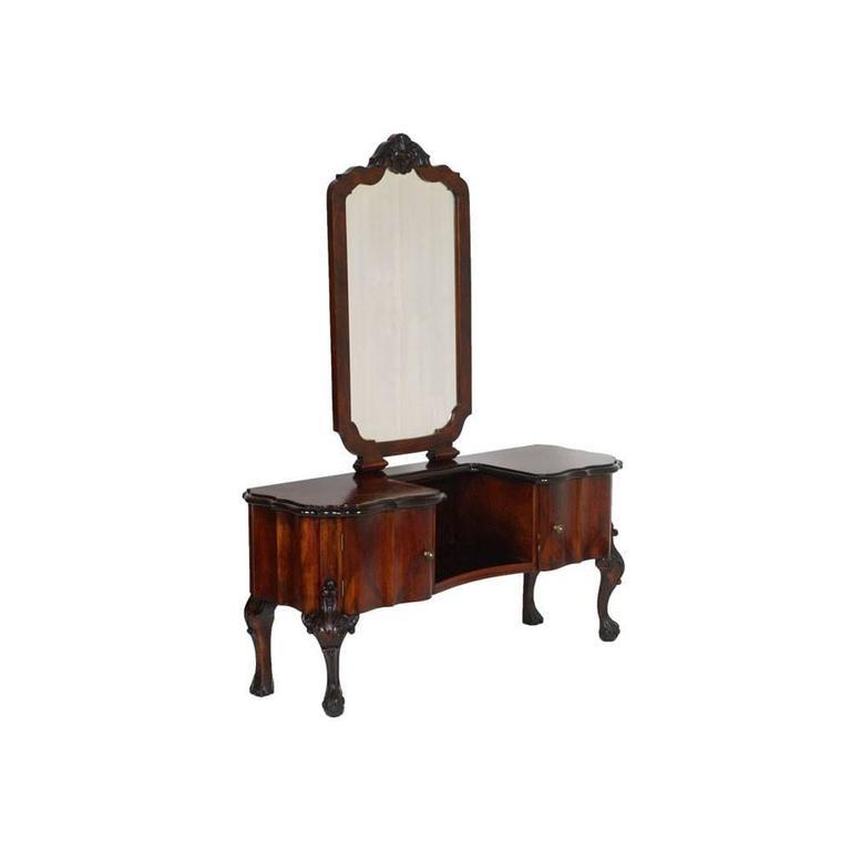 1910s Chippendale Venetian Baroque Revival Bedroom Set In