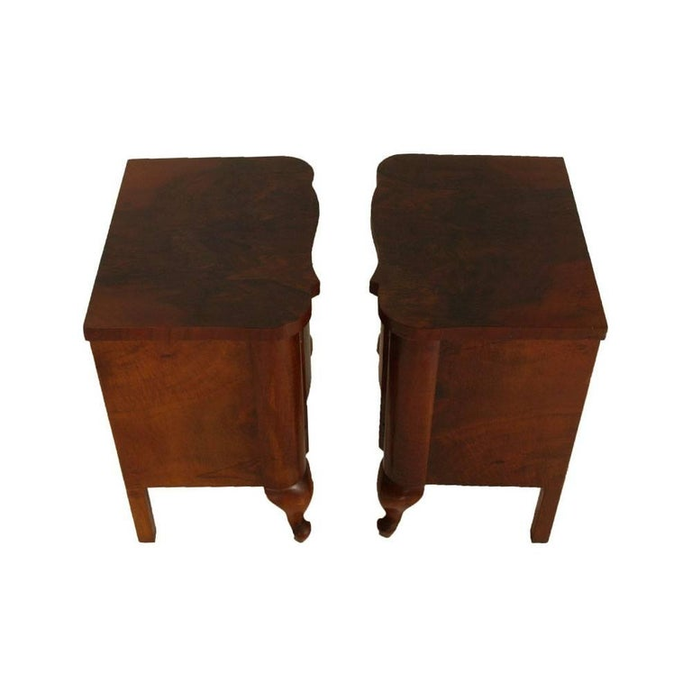 Art Deco Dresser and Nightstands, Walnut and Burl Walnut by Gaetano Borsani For Sale 2