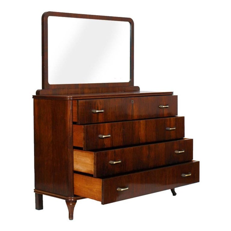 1930s Art Deco mirrored dresser, commode in walnut restored and polished to wax.  Measures cm: H 98 x W 120 x D 50.