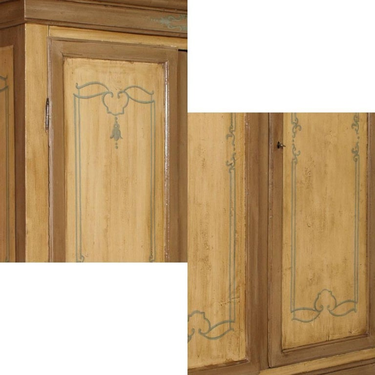 Fully original both wood and hardware Venetian 700 cupboard wardrobe esternal and internal lacquering. Was done a minimal restoration to leave the closet all its charm.