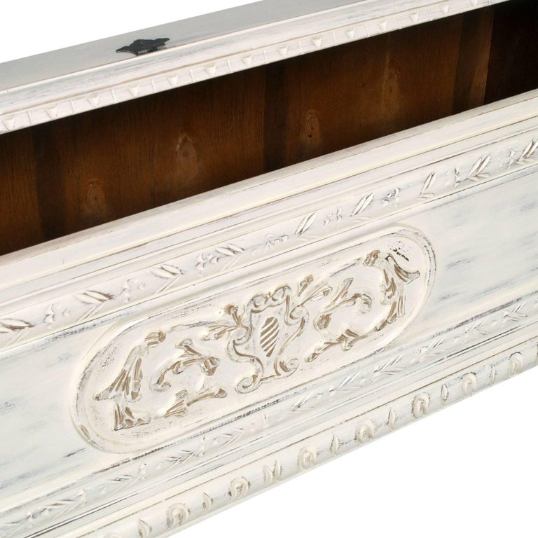1920s Shabby Chic White Blanket Chest Carved Wood Painted Polished To Wax 3