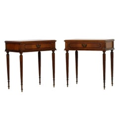 Early 20th Century Very Elegant Louis XVI Bedside Tables in Walnut Pointed Legs