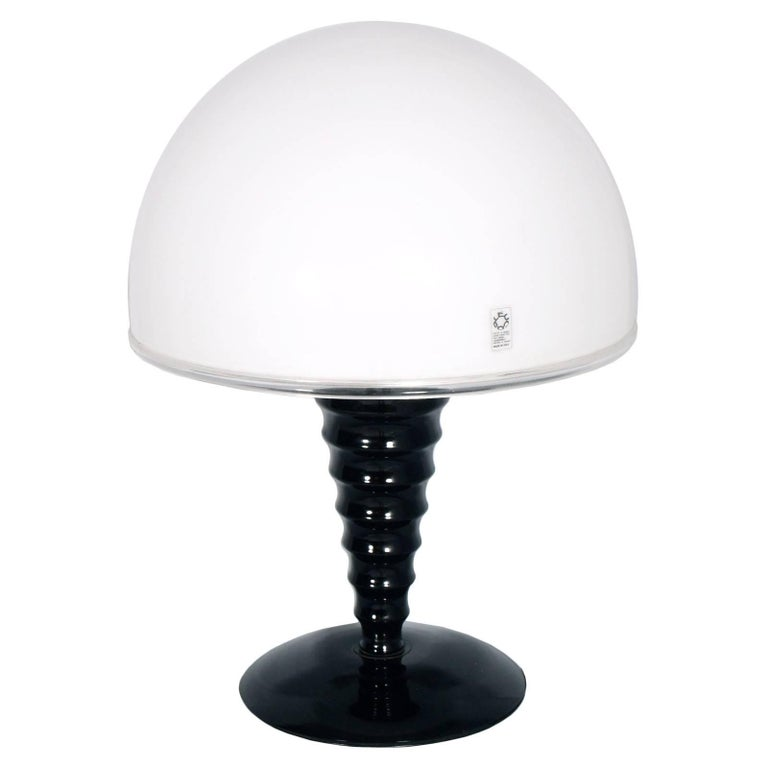 Mid-Century Modern Mushroom Table Lamp by Leucos Murano Glass White and Black