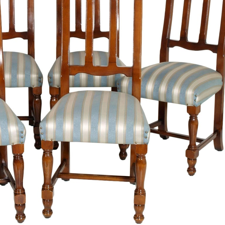 1920s Italian Six Dining Room Chairs Solid Walnut, Art Deco age, new upholstered In Good Condition For Sale In Vigonza, Padua