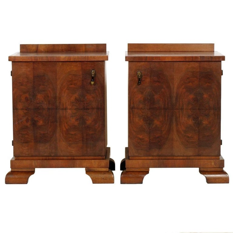 Art Deco Nightstands, Osvaldo Borsani Attributable, Walnut, Beechwood Interiors