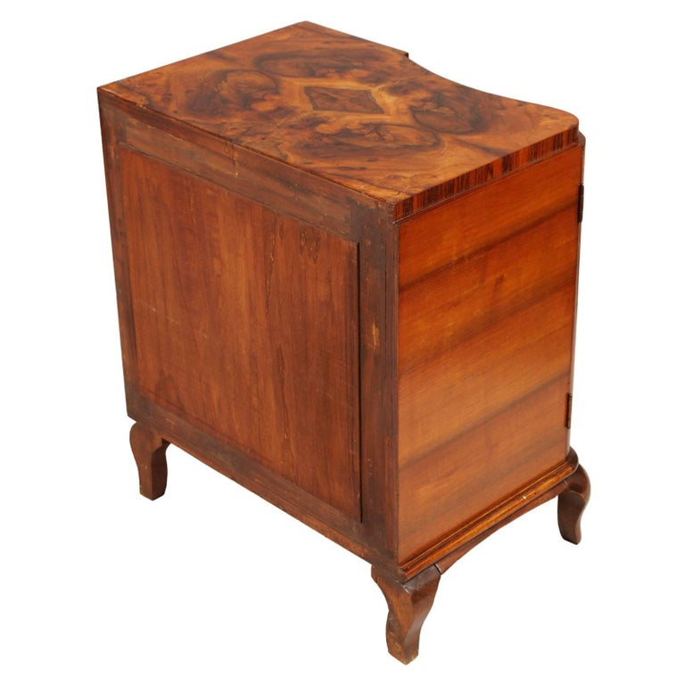 20th Century 1920s Art Deco Nightstands Cantù Production, Walnut and Burl Walnut Wax Polished For Sale