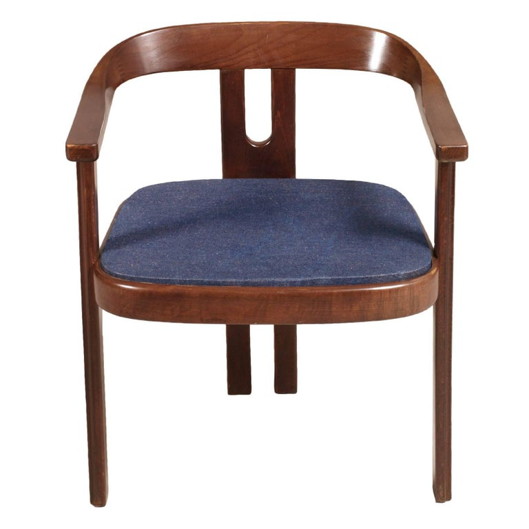 Original 1960s walnut armchair Afra and Tobia Scarpa style  Measures cm: H 64/42, W 53, D 46  About -Afra and Tobia Scarpa (Italy) Afra & Tobia Scarpa are award winning postmodern Italian architects and designers. Their pieces can be found in