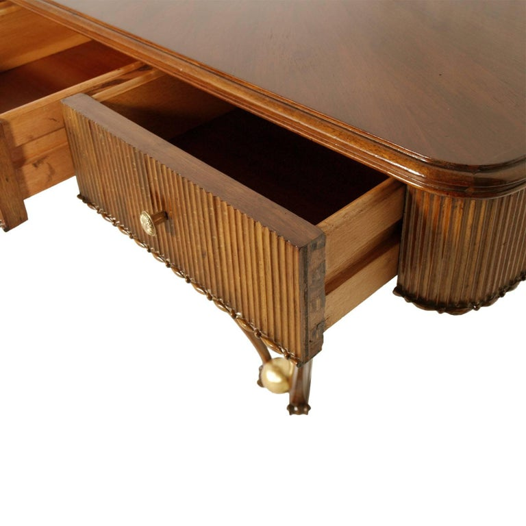 1940s Console Table Three Drawers by Osvaldo Borsani, Blond Walnut Wax-Polished 4