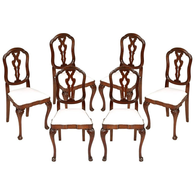 19th century venetian six baroque chairs in carved walnut for Sedie barocche