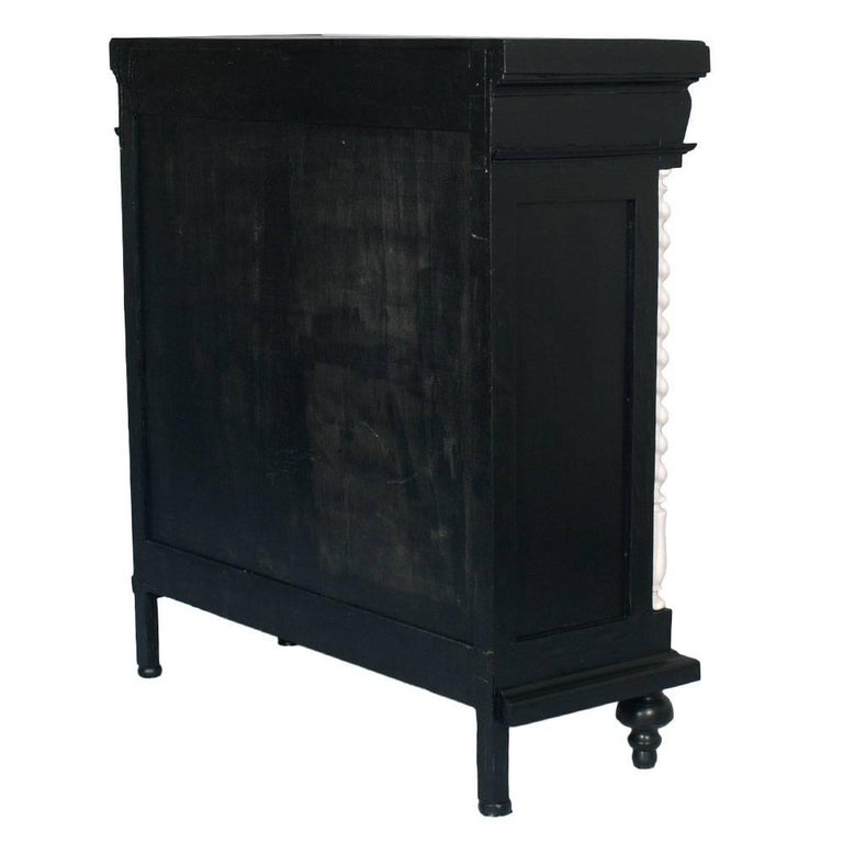 1900s Ebonized Neoclassic Bookcase in Carved Walnut Hand Lacquered Wax Polished For Sale 1