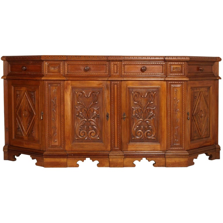 1930s Antique Renaissance Italy Tuscan Credenza Carved Blond Walnut Wax Polished