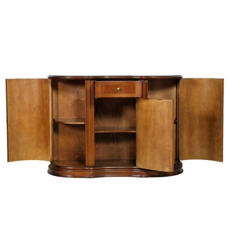 1940s Italian Bassano entrance cabinet , curved credenza , in solid blond walnut and walnut slab with thread inlay in light maple wood, finished to wax Shaped sideboard in the shape of a half moon, in solid blond walnut with light maple wood