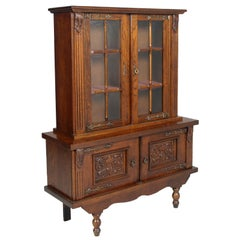 1920s Renaissance Spanish Credenza with Display Cabinet Sideboard in Carved Oak