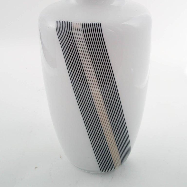 Mid-Century Modern 1960s Vase, Tapio Wirkkala for Venini Attributable, Lattimo Murano Glass For Sale