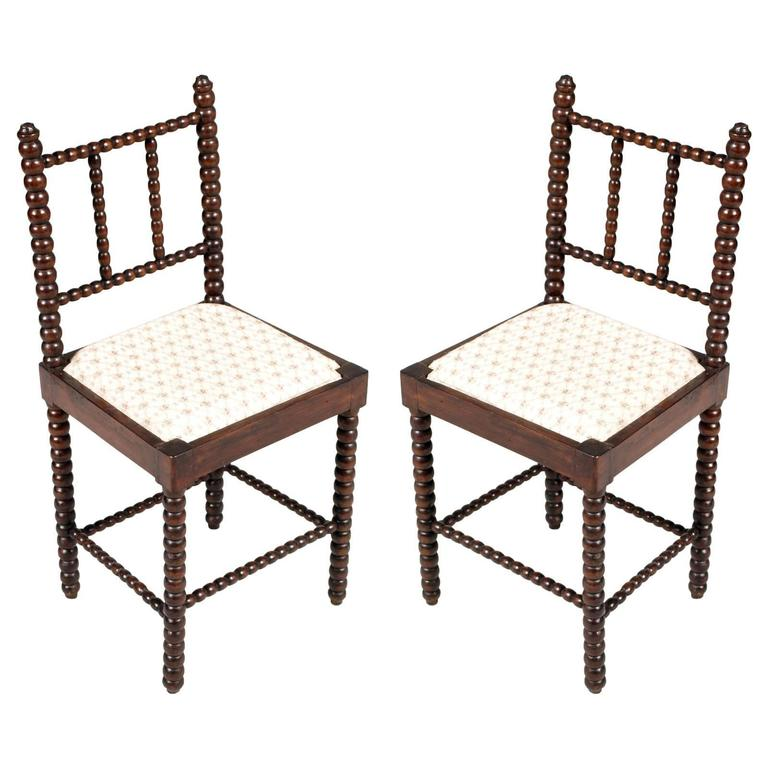 18th Century Pair of Turned Chairs Renaissance Florentine in Walnut Wax Polished